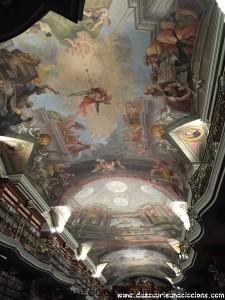 biblioteca più bella del mondo praga klementinum